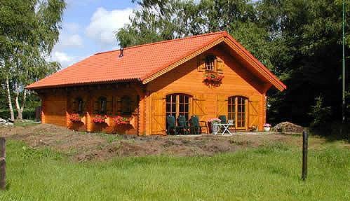 Case di legno prezzi chalet e case di legno abitabili for Case in legno costi