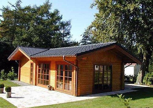 Case di legno prezzi chalet e case di legno abitabili for Capannoni in legno prezzi